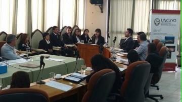 Estudiantes del ITU presentaron un proyecto para la financiación de emprendimientos en Rivadavia