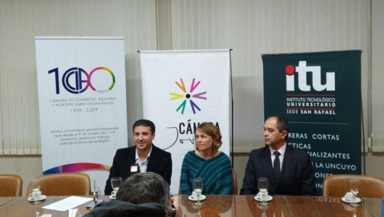 Conferencia de prensa para la presentación del Diplomado en Mandos Medios