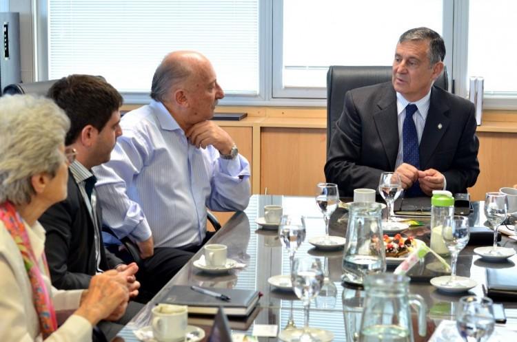 Comenzarán capacitaciones para el sector aeronáutico en Rivadavia