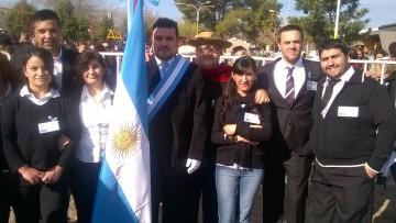 Estudiantes del Este celebraron el Día de la Bandera