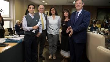 """Estudiante del ITU recibió el premio """"María Elisa Norton Farmache"""""""