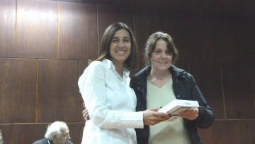 Quinientos lectores electrónicos recibieron estudiantes de la UNCUYO