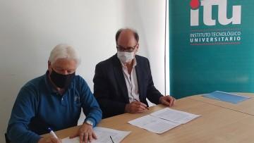 imagen que ilustra noticia Se firmó un convenio con el IDE para la creación de un laboratorio de energías renovables