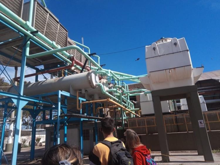 Estudiantes del ITU visitaron la Cooperativa FRIOFRUT